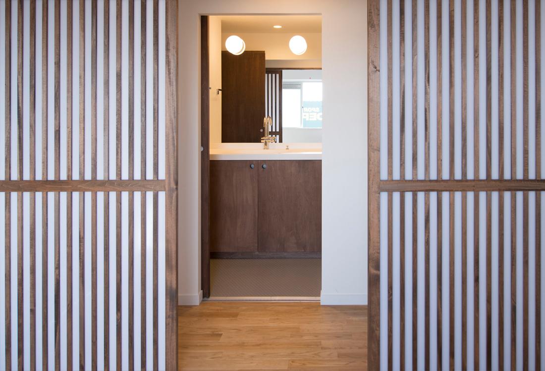 japanse style bathroom